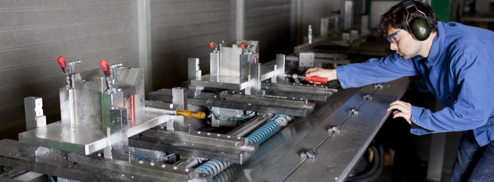 Can a machine repair itself?